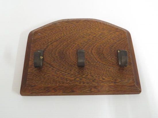 Lote: 15 - Lote: 15 - Porta llaves de madera