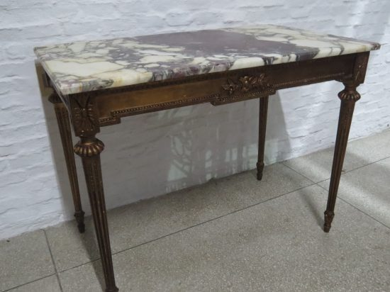 Lote: 28 - Lote: 28 - Mesa rectangular Luis XVI con marmol