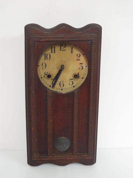 Lote: 11 - Lote: 11 - Reloj de colgar caja de madera