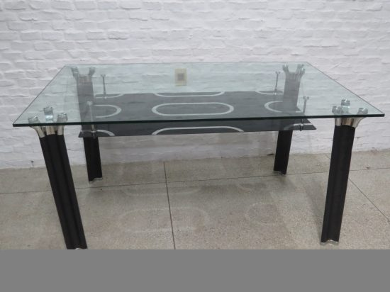 Lote: 88 - Lote: 88 - Mesa rectangular moderna de vidrio