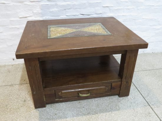 Lote: 16 - Lote: 16 - Mesa de sala en madera