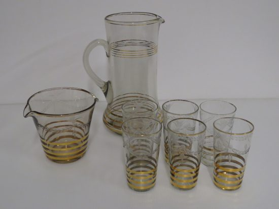 Lote: 96 - Lote: 96 - Lote de jarra, hielera y vasos