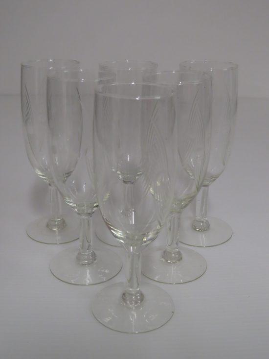 Lote: 91 - Lote: 91 - 6 copas de cristal