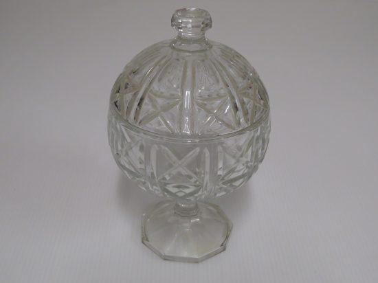 Lote: 2 - Lote: 2 - Caramelera en vidrio tallado