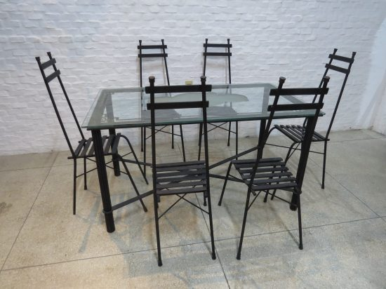 Lote: 77 - Lote: 77 - Juego de mesa de patio en hierro