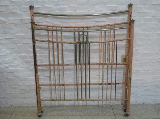 Lote: 34 - Lote: 34 - Cama de hierro antigua