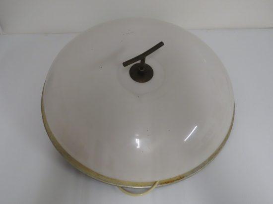 Lote: 104 - Lote: 104 - Artefacto tipo plafón de techo