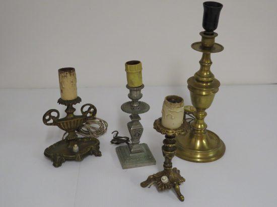 Lote: 10 - Lote: 10 - 4 lamparas de mesa de bronce