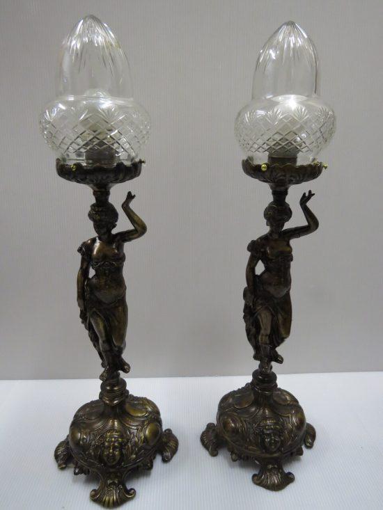 Lote: 53 - Lote: 53 - Par de lamparas en bronce