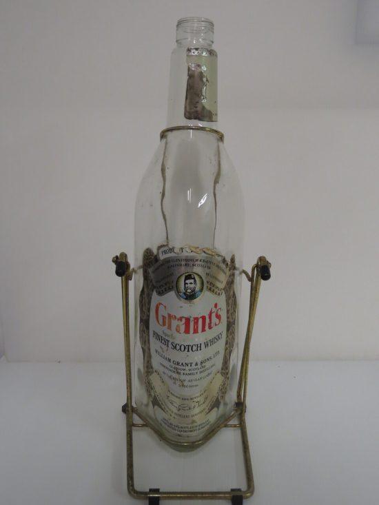Lote: 10 - Lote: 10 - Botella de whisky de 3.750 lts.