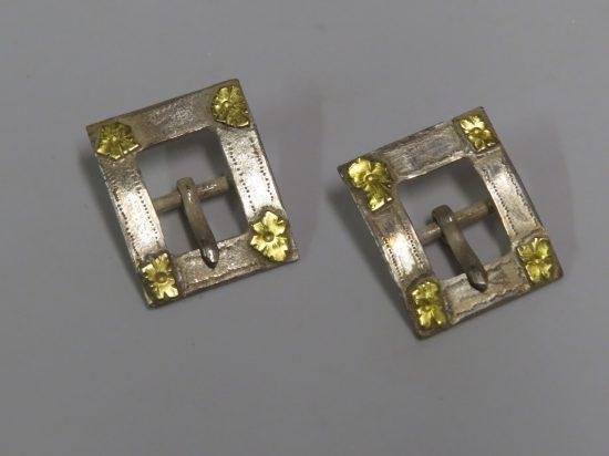 Lote: 67 - Lote: 67 - Par de hebillas en plata y oro