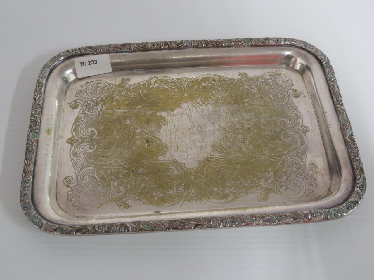 Lote: 10 - Lote: 10 - 3 bandejas de metal platinado selladas