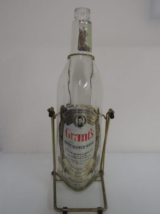 Lote: 18 - Lote: 18 - Botella de whisky de 3.750 lts.