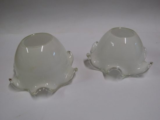 Lote: 6 - Lote: 6 - 2 pantallas de vidrio tipo opalinas