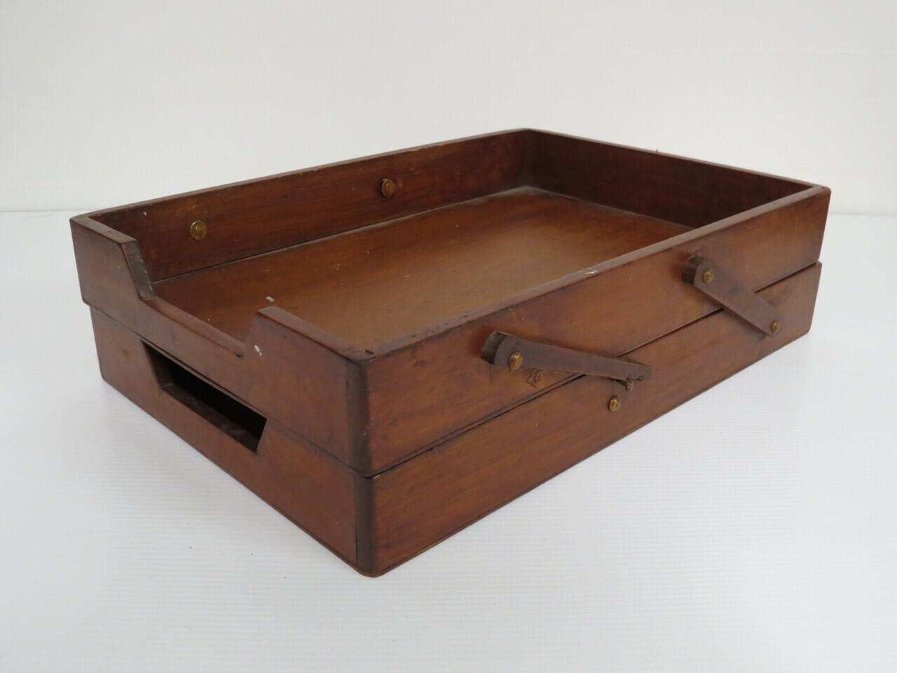 Lote: 35 - Lote: 35 - 2 ficheros de madera