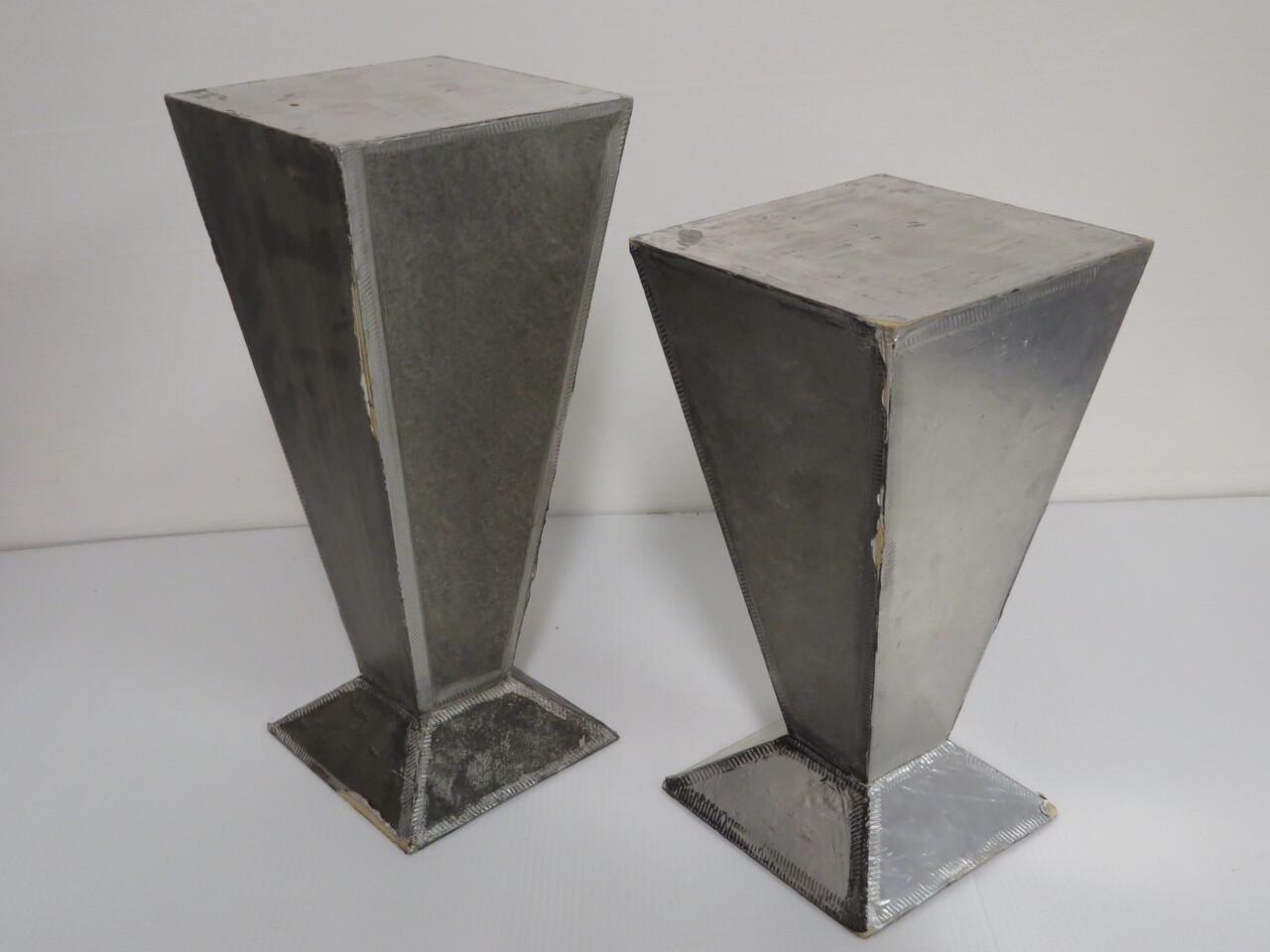 Lote: 16 - Lote: 16 - 2 pedestales