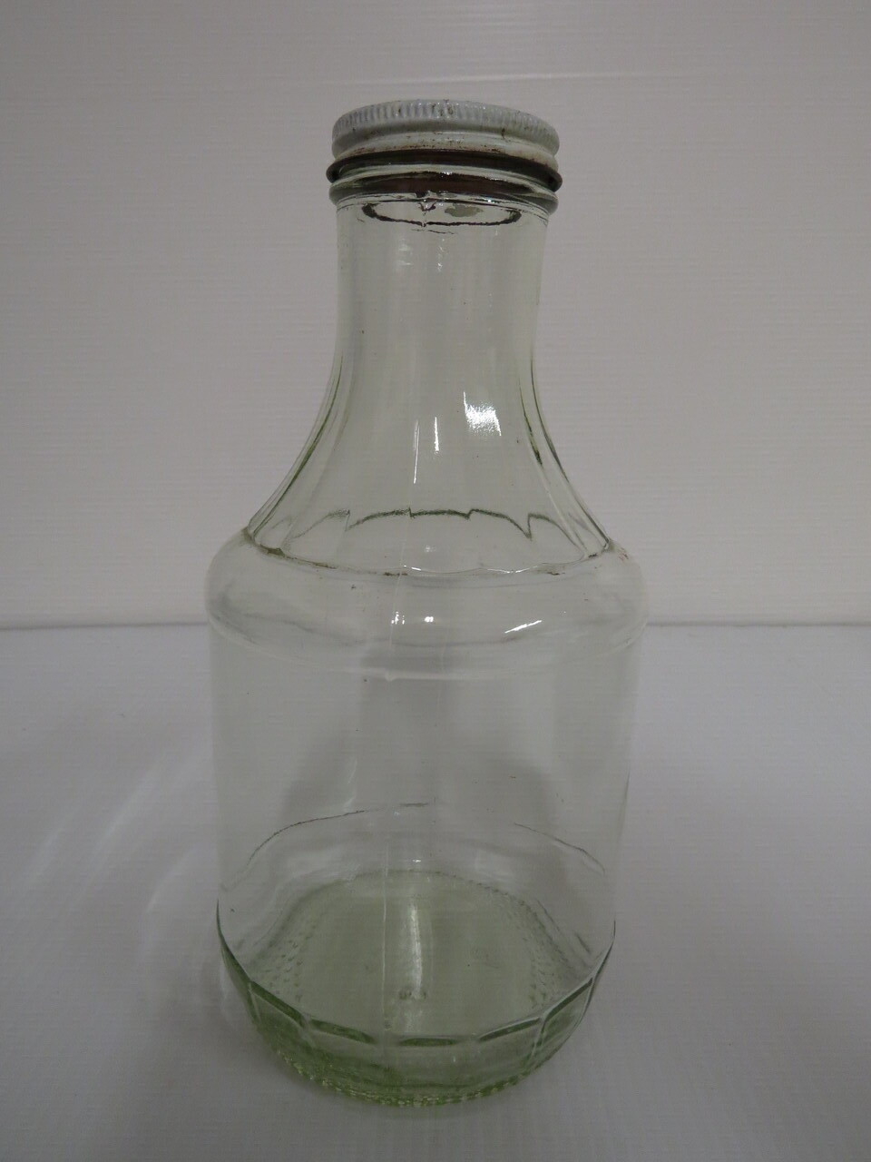 Lote: 4 - Lote: 4 - Porrón y botella
