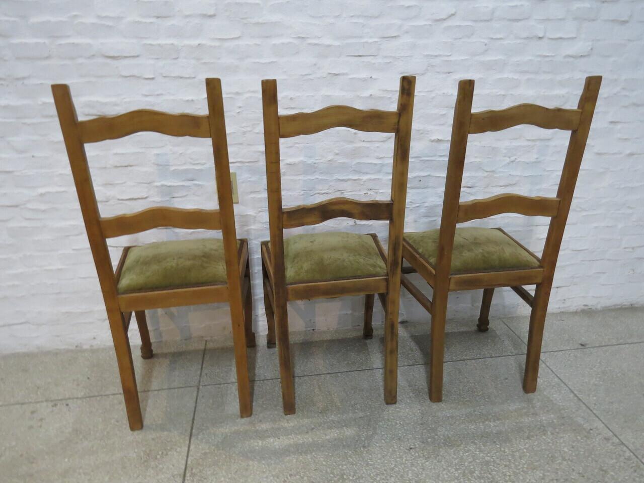 Lote: 85 - Lote: 85 - 3 sillas de pino