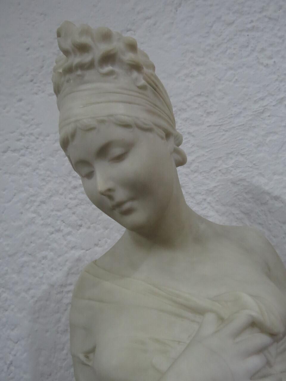 Lote: 77 - Lote: 77 - Busto de mármol