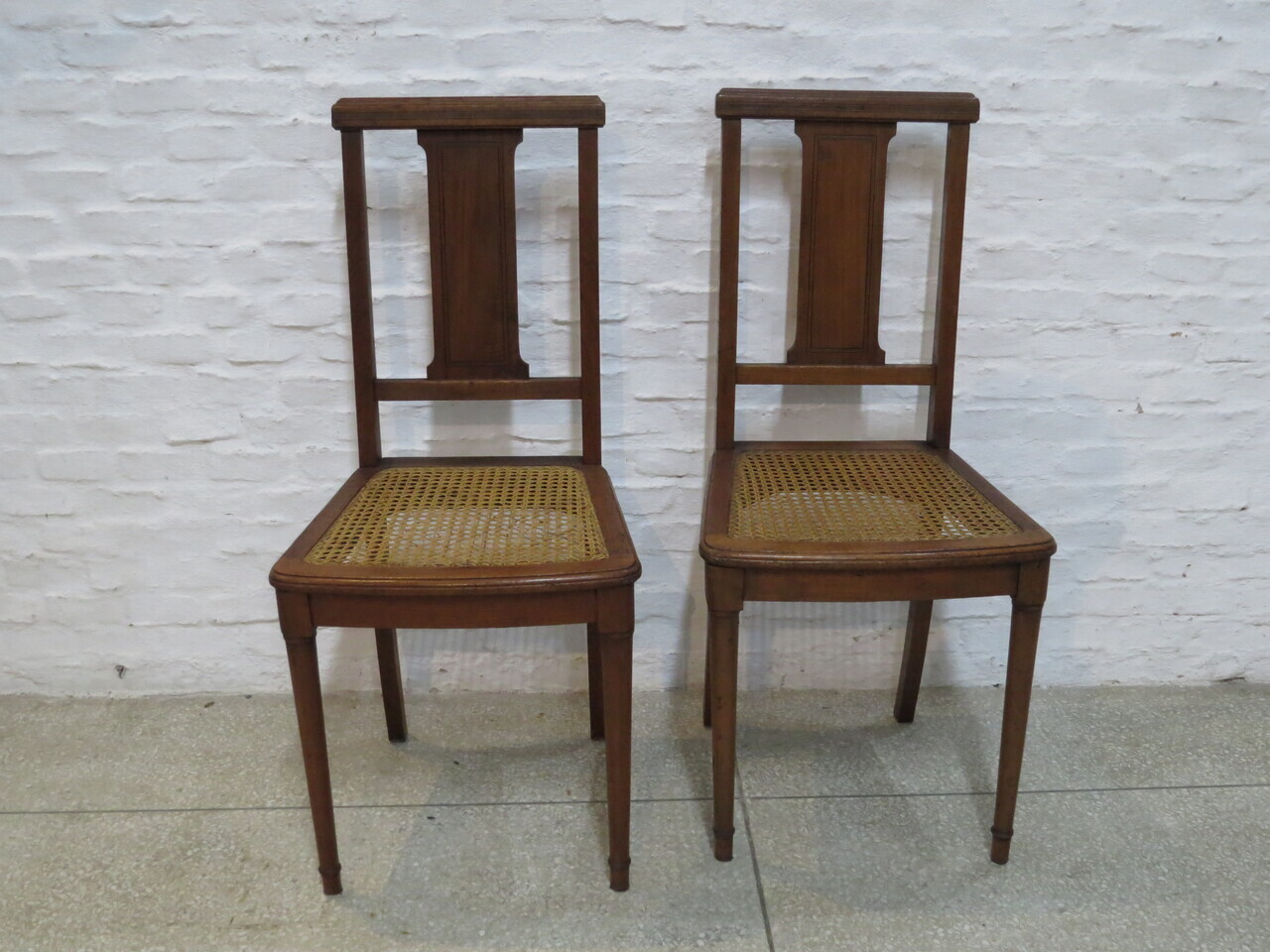 Lote: 172 - Lote: 172 - Par de sillas de roble