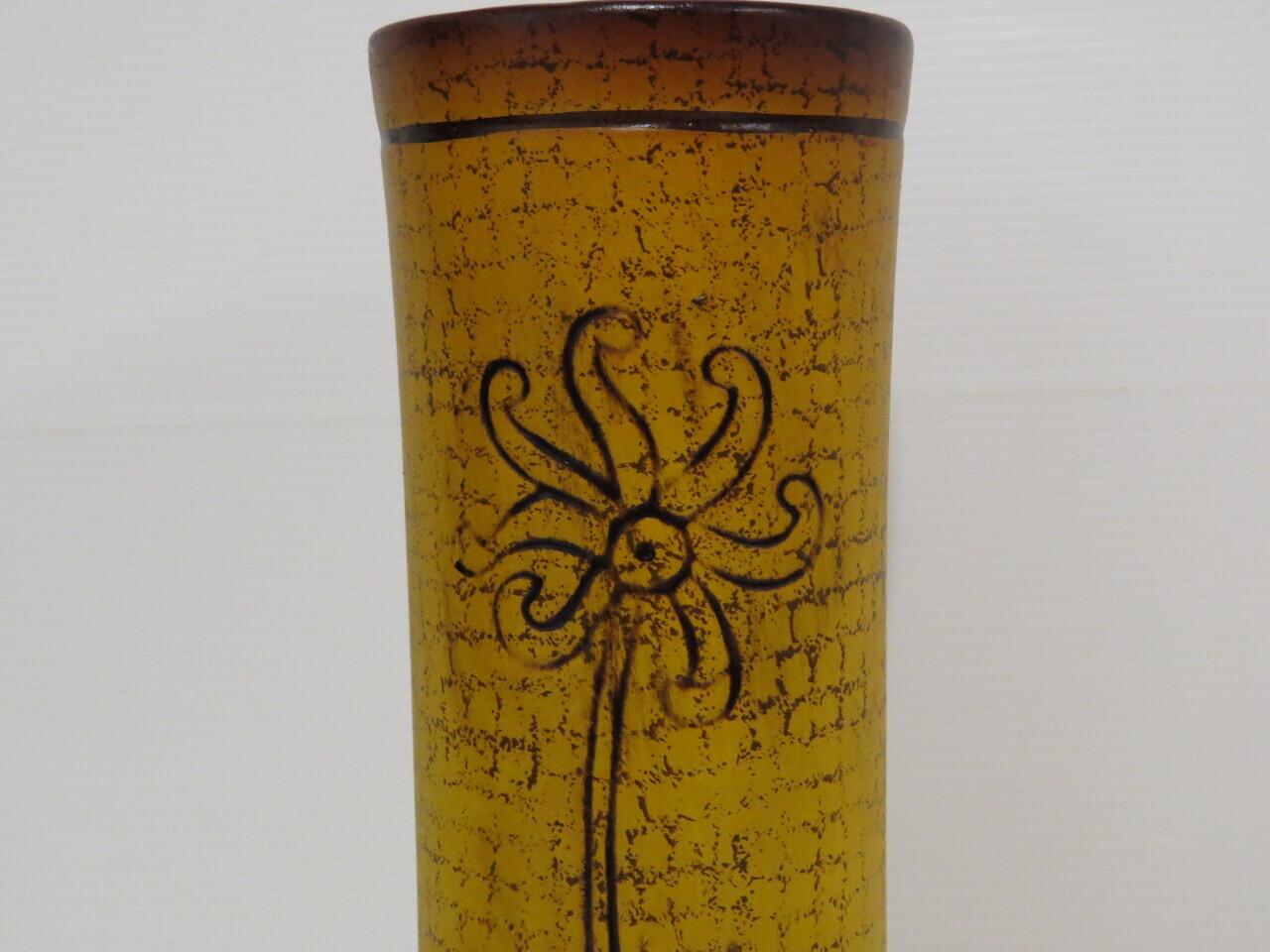 Lote: 3 - Lote: 3 - Florero de cerámica
