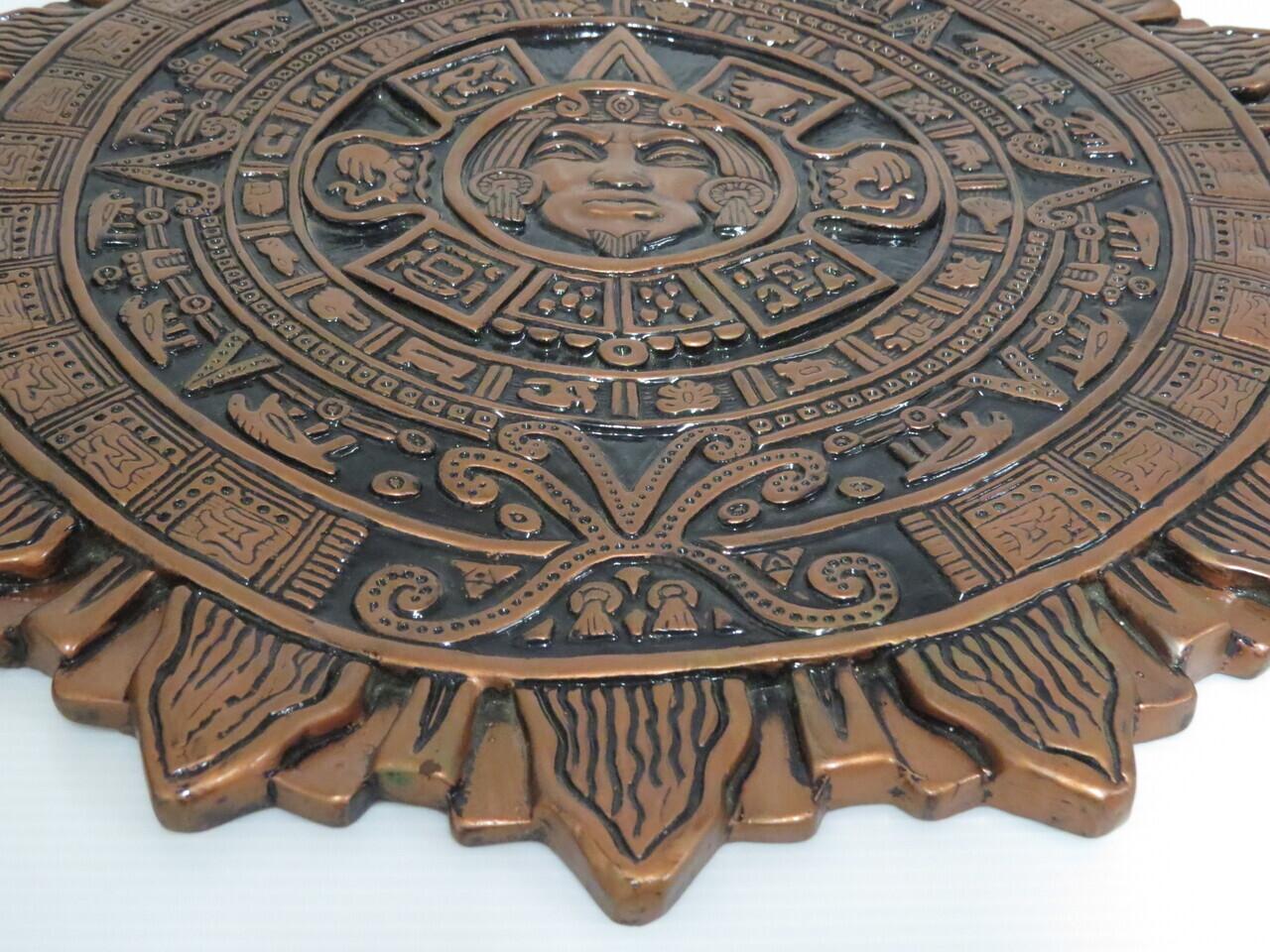 Lote: 28 - Lote: 28 - Calendario Maya en cerámica