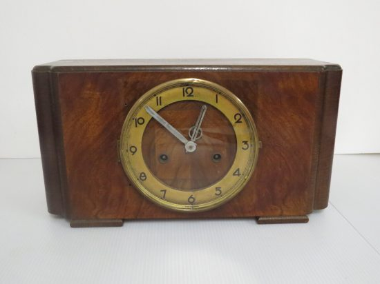 Lote: 14 - Lote: 14 - Antiguo reloj de mesa