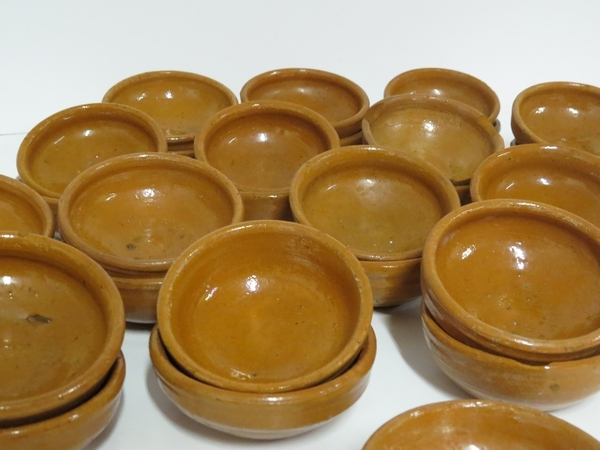 Lote: 12 - Lote: 12 - Copetineros de cerámica